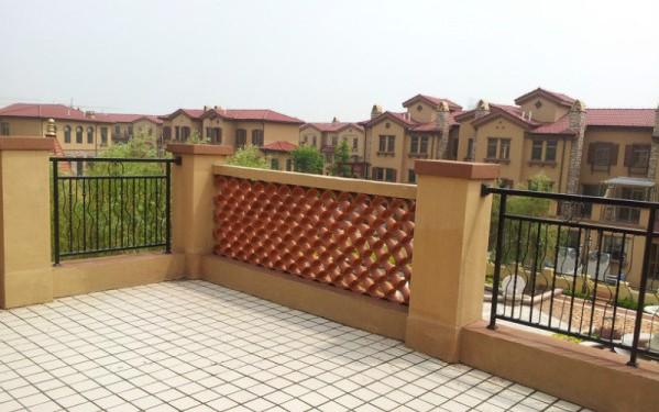 个人低价售即墨温泉镇迪亚湾别墅 208.5平方米248万元